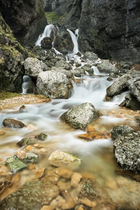 gordale-scar-lower-waterfalls