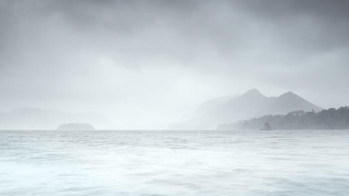 misty-morning-derwent-water
